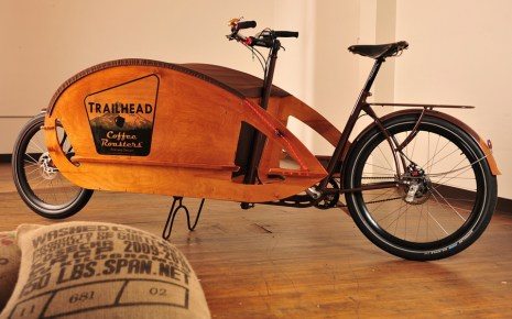 A custom design for Trailhead Coffee, a Portland-based company that delivers coffee by bike. Owner Charlie Wicker designed and fabricated the box.