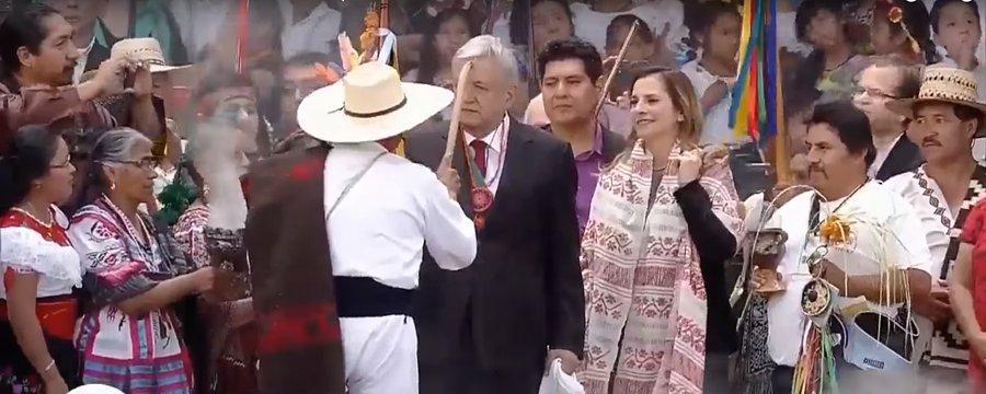 El abuelo Teutli reconoce a AMLO como Huey Tlatocán de México