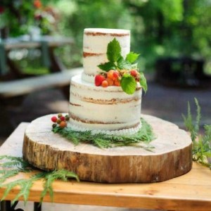 Cake Stands & Risers