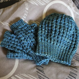 Waffle Hat and Mitts in Tosh DK