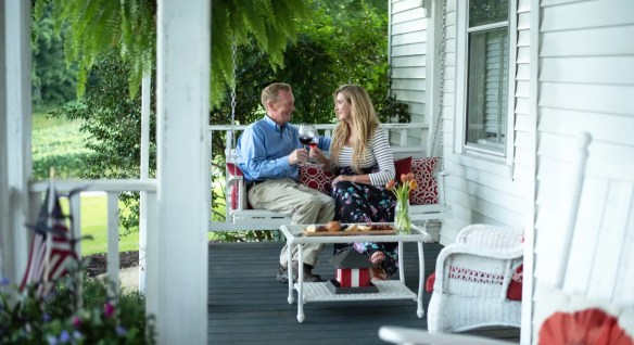 Exteriors - People - Porch - July 2018 (2)