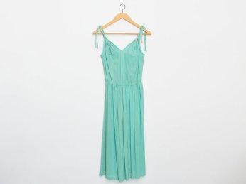 Green sundress by Blessthisdress
