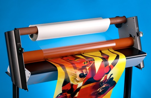 vinyl print lamination machine using hydraulic pressure rollers to paste lamination film on an inkjet printed vinyl