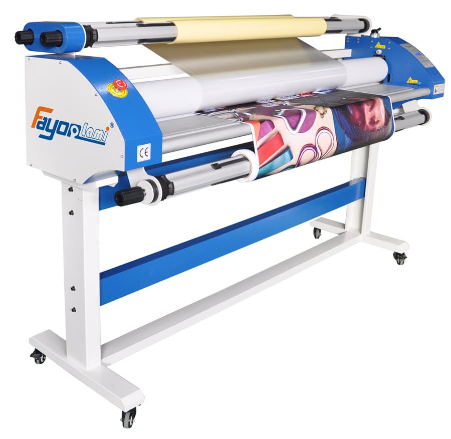 front view of roll to roll lamination machine using hydraulic pressure rollers to paste laminating film on printed vinyl