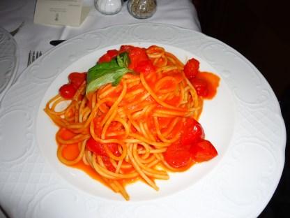 Spaghetti in tomato sauce at Parco dei Principi Grand Hotel