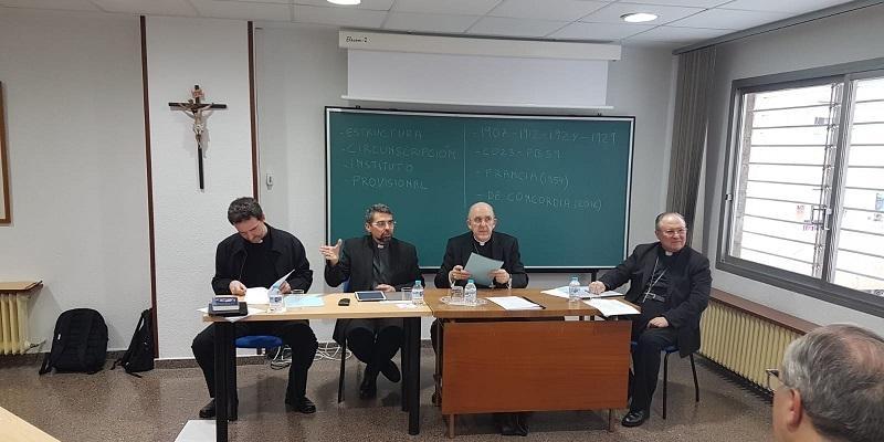 El cardenal Osoro y los vicarios generales de las diócesis donde hay católicos orientales abordan su atención