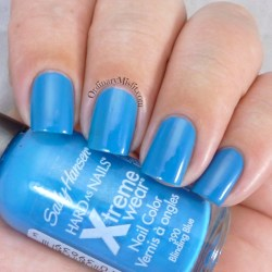 Sally Hansen - Blinding blue