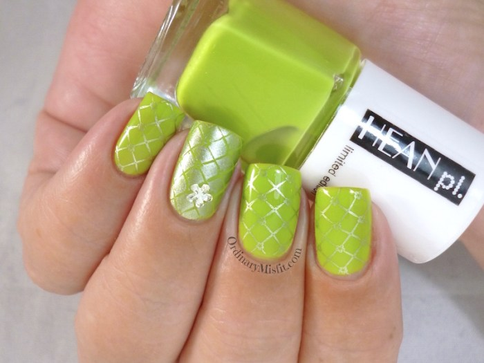 Hean Summer Collection #225 with nail art 3