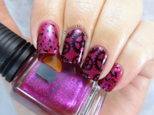 Seduction gears nail art