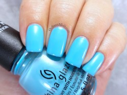 China Glaze - Capacity to see beyond