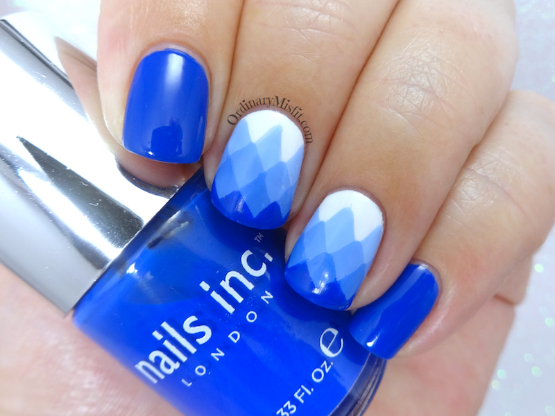 Blue gradient-ish nail art (or fail)