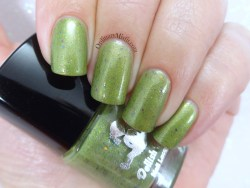 Dollish Polish - Feed me Seymour!