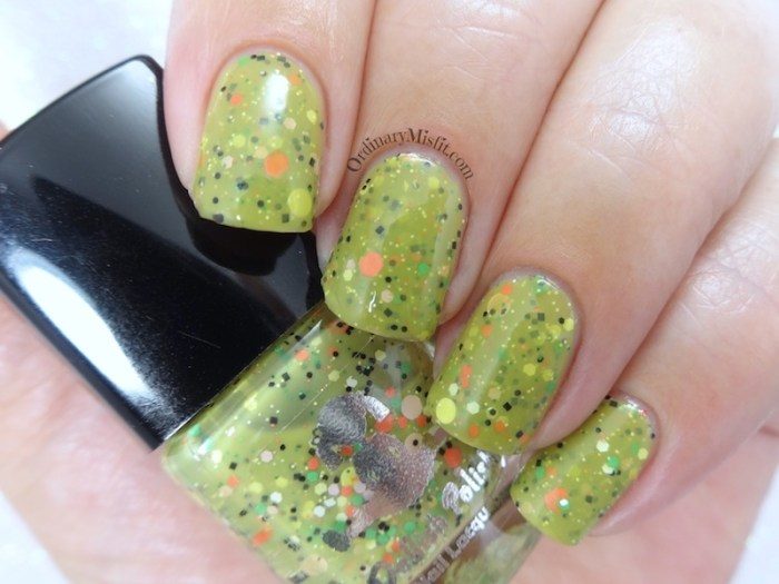 Dollish Polish - Look at the flowers Lizzie