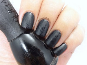 52 week nail art challenge - black nail art