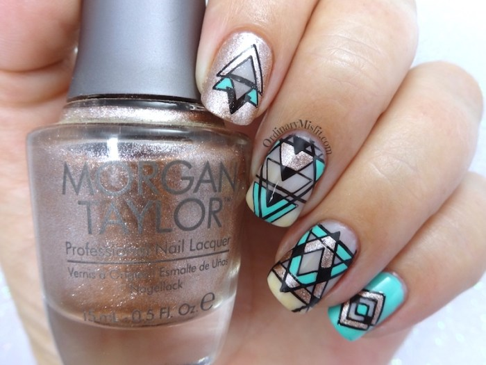 52 week nail art challenge - Negative space
