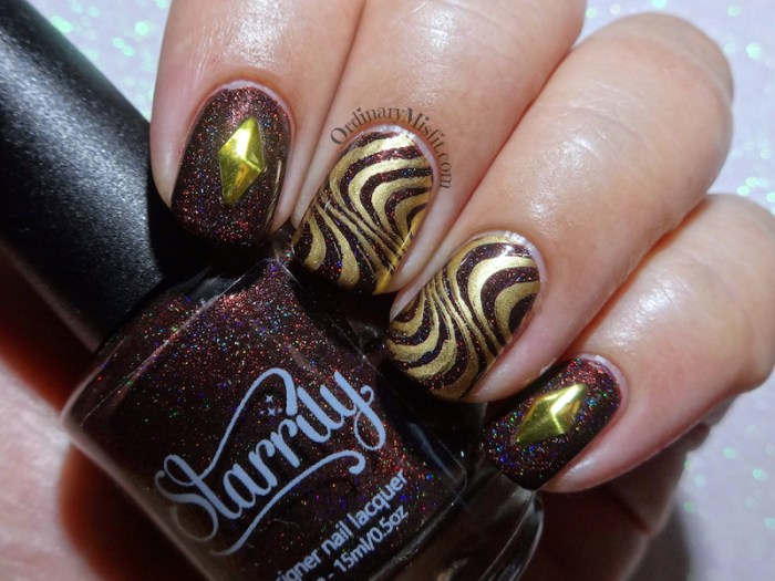 52 week nail art challenge - Brown