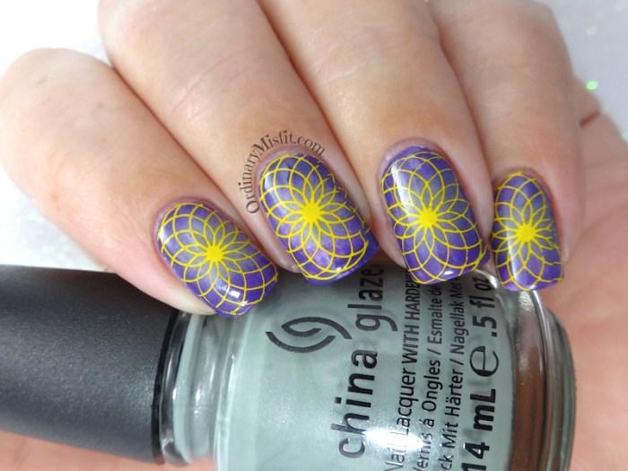 Radial nail art