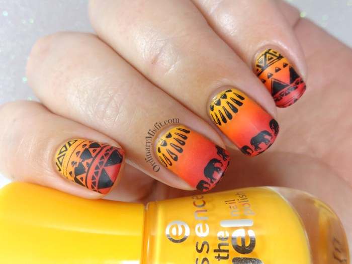52 week nail art challenge - Tribal