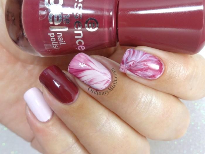 Pink marble nail art