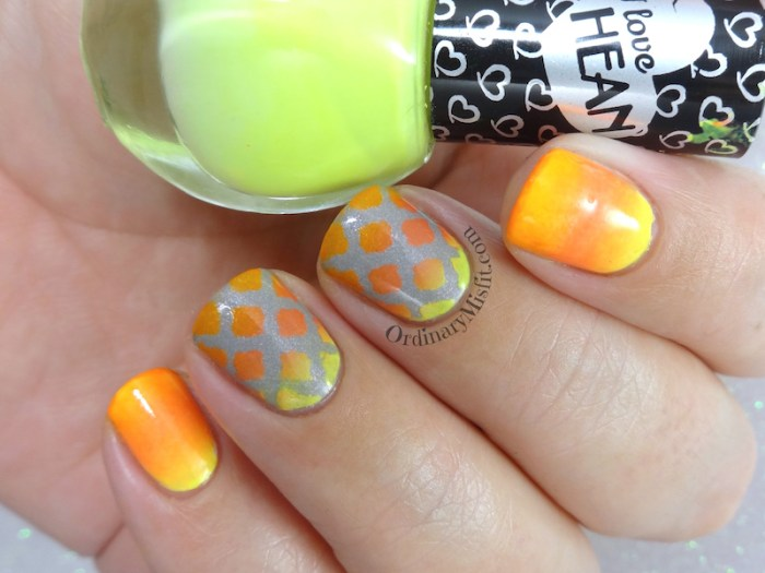 Window gradients nail art