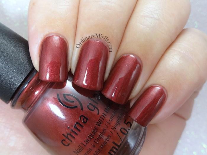 China Glaze - Haute blooded topcoat