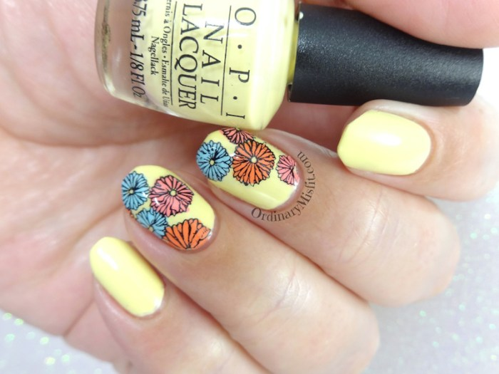 Summer flowers nail art