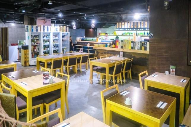 Ishinomaki | grill & sake dining concept