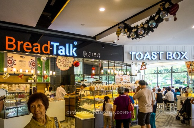 Seletar Mall Bread Talk