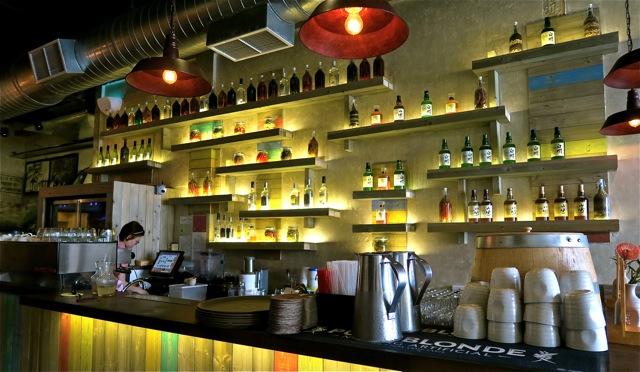 FYR Cycene ond Drinc Restaurant Singapore03