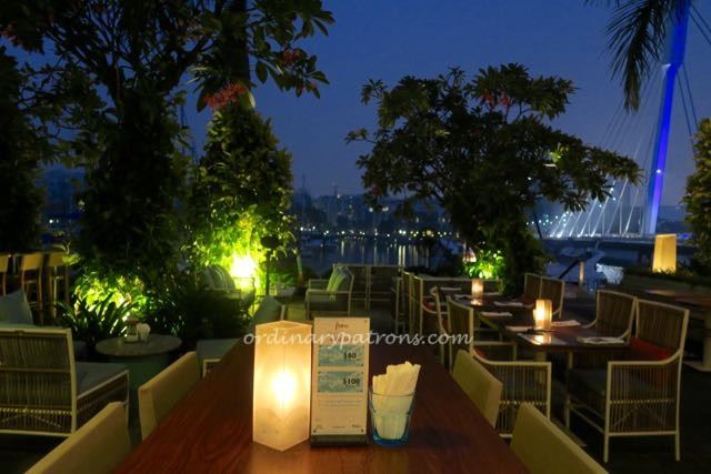 Prive Grill Singapore Romantic dinner for Valentine's day