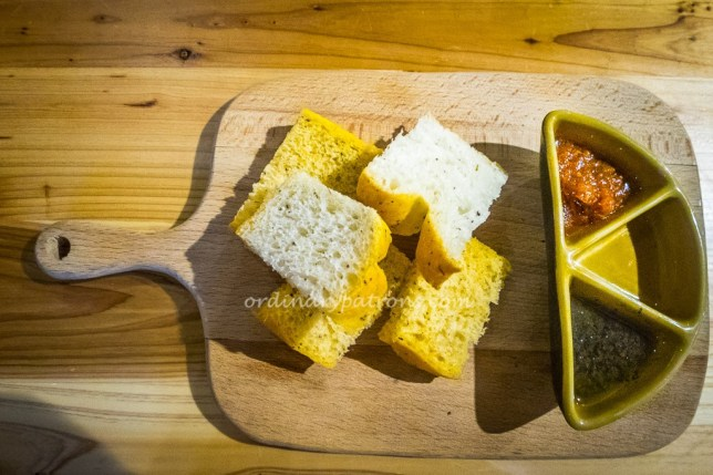 Mahota Kitchen Bread Board