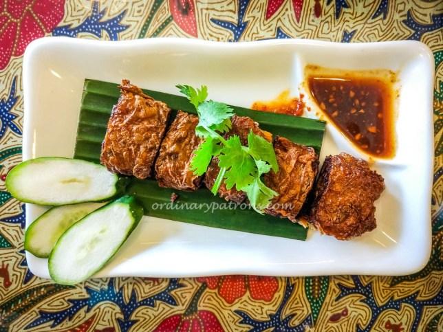 Tok Panjang Peranakan Cafe Katong