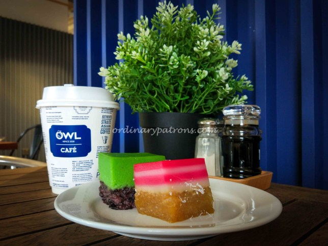 Owl Cafe Kueh Set