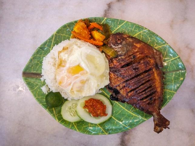 Crispy Pomfret Fish Rice Set