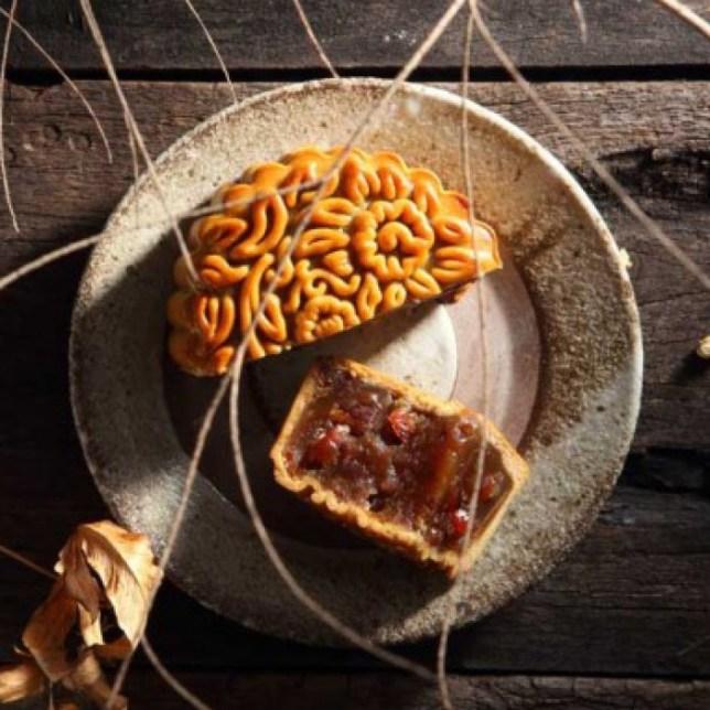 Red Lotus Paste with Bakwa - Old Seng Choong