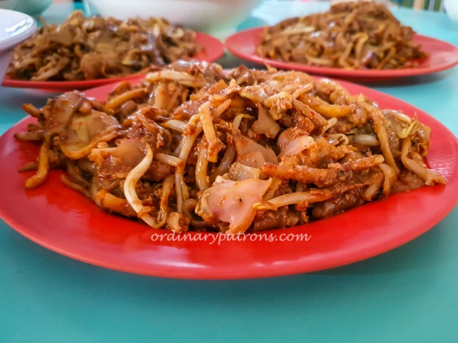 Outram Park Fried Kway Teow Hong Lim Food Centre