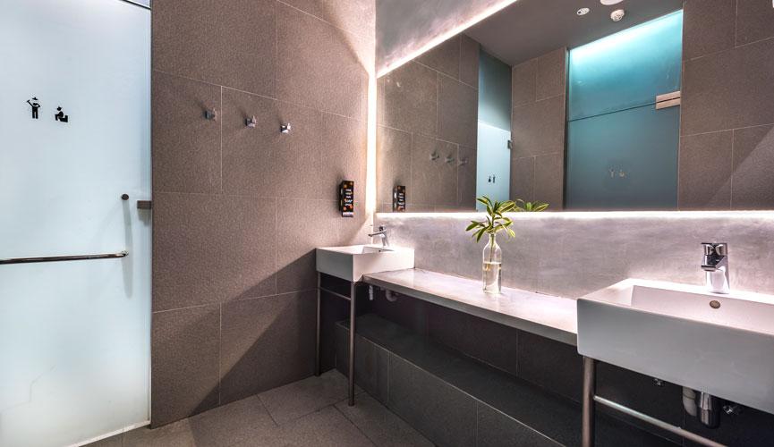 Coo bathroom