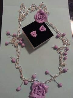 Set bijuteri trandafiri roz