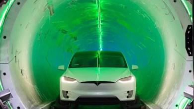 Photo of Elon Musk showed a sketch of an underground tunnel under Las Vegas