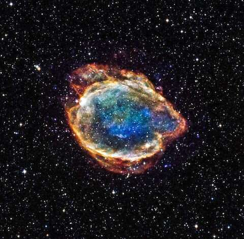 Neutrino streams talk about an approaching supernova explosion