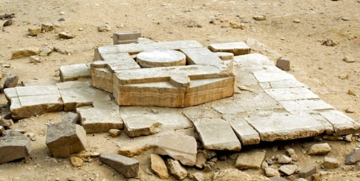 Temple of Abu Gorab 5