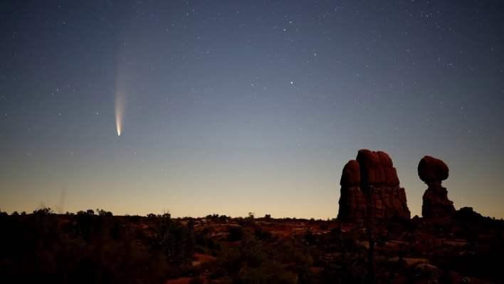 brightest comet 2