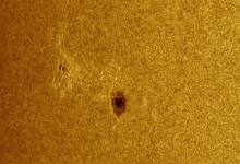 Photo of Huge spot formed on the Sun: it can strike the Earth