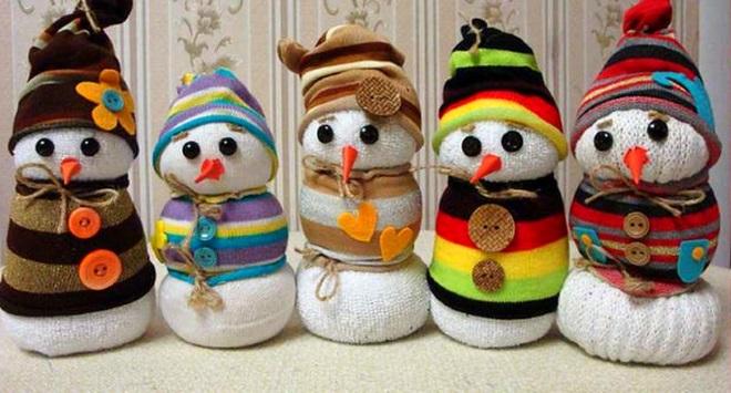 Muñecos de nieve de calcetines
