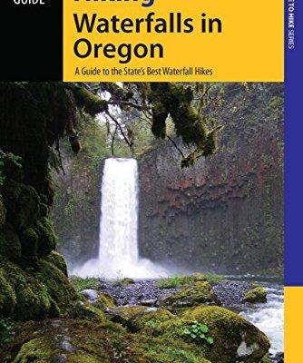 Hiking-Waterfalls-in-Oregon-A-Guide-to-the-States-Best-Waterfall-Hikes-0