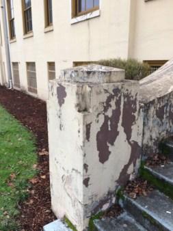 concrete newel (my image)