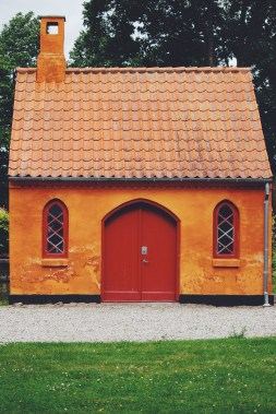 Who doesn't love tiny Danish houses