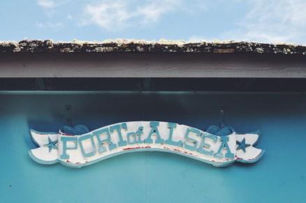 Crabbing on the Central Oregon Coast | Waldport, OR USA | Oregon Girl Around the World