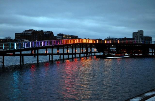 Eternal Sundown Light Installation by Mads Vegas | Kalvebod Brygge Marriott Copenhagen | Oregon Girl Around the World