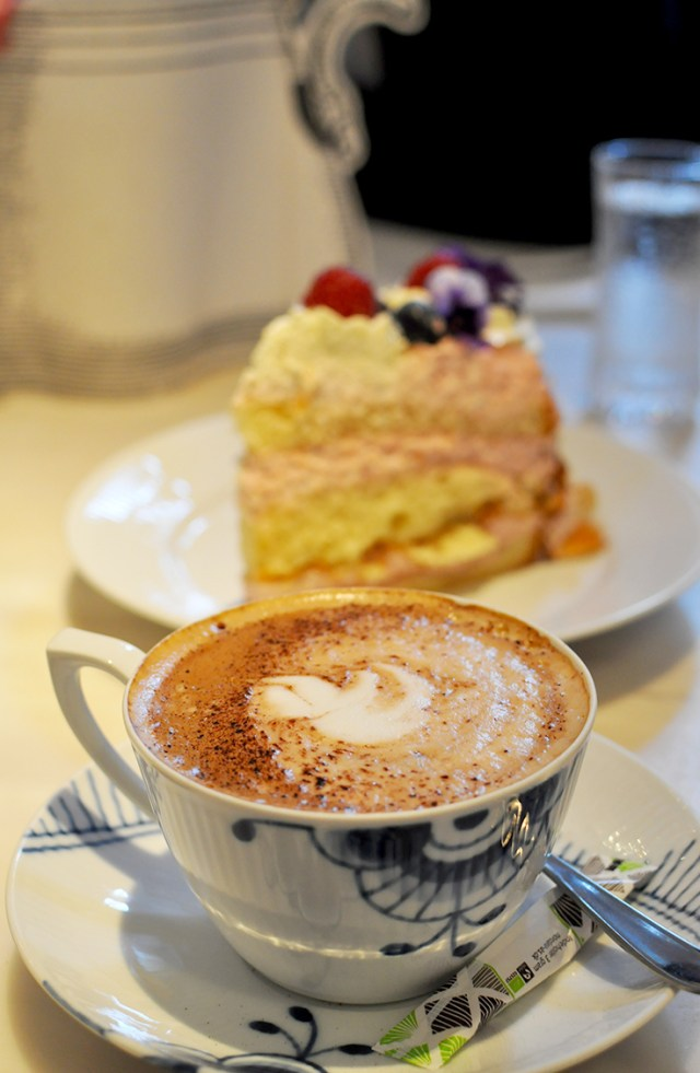 Coffee House Hygge | The Coziest Places to Get Caffeinated in Copenhagen Denmark | Oregon Girl Around the World